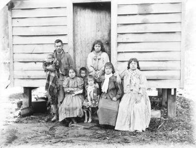 A group portrait of whānau at Waihaha, Taupo