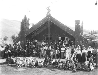 Houngarea marae at Pakipaki