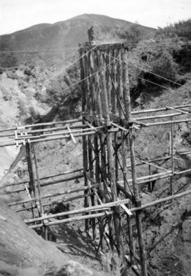 The construction of a East Coast railway bridge