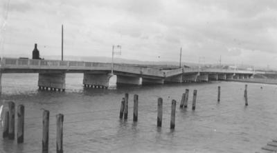 Damage to the Waitangi Bridge near Napier