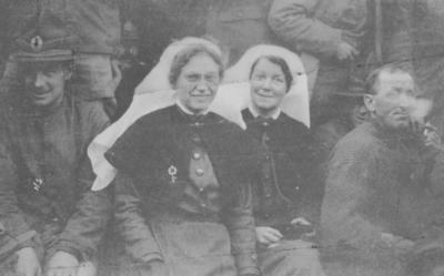 Two unidentified nursing Sisters