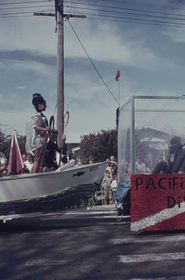 Hastings Blossom Festival parade, Pacific Diving float