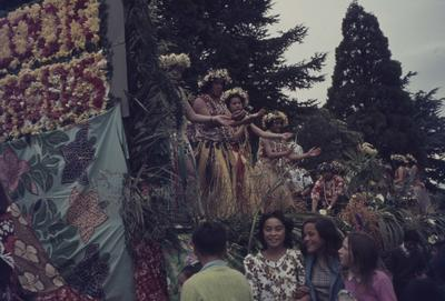 Hastings Blossom Festival parade, Cook Islands float