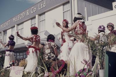 Hastings Blossom Festival parade, Tahitian float