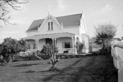 Claybrae, Sealy Road, Napier