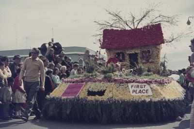Hastings Blossom Festival parade, Champion of Champions float