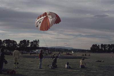 Showday at Tomoana Showgrounds, parachute demonstration