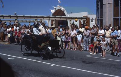 Napier Centennial parade, vintage car