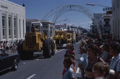 Napier Centennial parade, vehicles