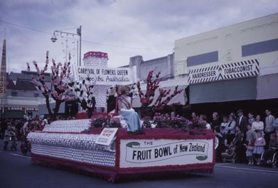 Hastings Blossom Festival parade, Carnival of Flowers' Queen float