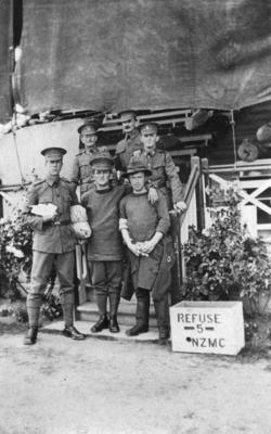 Group portrait, six soldiers