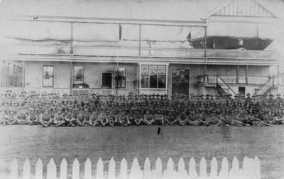 Group portrait, No 2, New Zealand Field Ambulance Corps