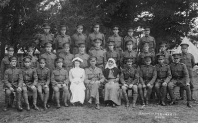 Group portrait, New Zealand Field Ambulance