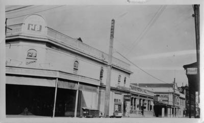 Corner of Hastings and Tennyson Streets, Napier
