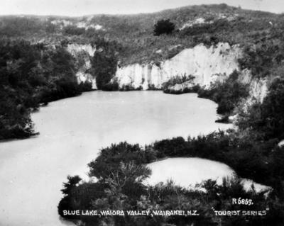 Blue Lake, Waiora Valley, Wairakei