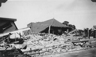 Treston's house, Napier; Sinclair, Ernest; 2015/31/57