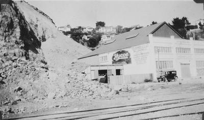 Landslide, Ahuriri; Sinclair, Ernest; 2015/31/62