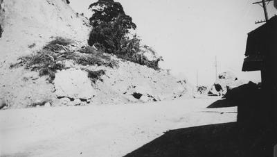 Landslide, Ahuriri; Sinclair, Ernest; 2015/31/63