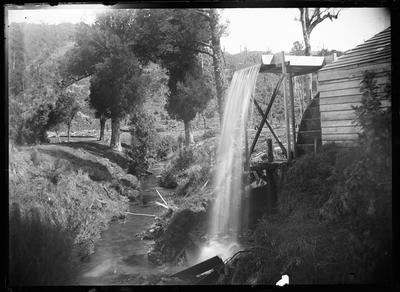 King's Mill, Pohue; Duncan, Russell