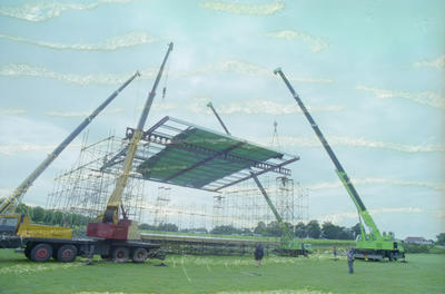 Construction of concert stage