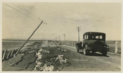 Earthquake damage, Napier- Bay View Road