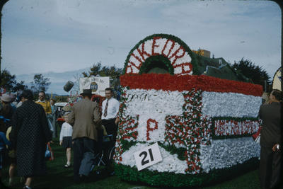 Hastings Blossom Festival, Pukeora Home for Disabled and CHB YFC floats