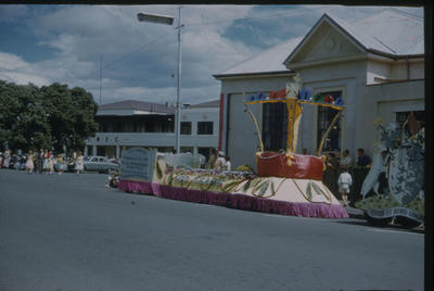 Hawke's Bay Centennial Parade, City of Napier float