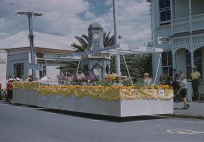 Hawke's Bay Centennial Parade, Taradale Looks Forward float
