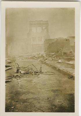 Earthquake damaged Blythe's building, Napier