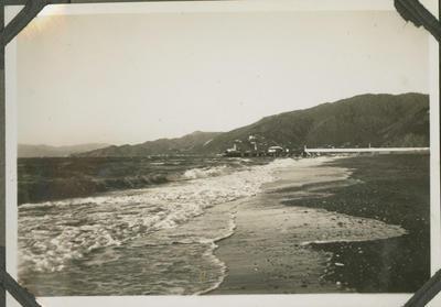 Beach and jetty, Rona Bay Wharf