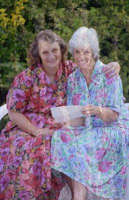 Penpals Mary Sullivan and Phyllis Ashton