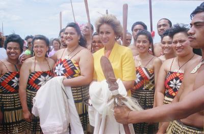 Dame Kiri Te Kanawa pictured with members of Hastings' Takitimu Māori Performing Arts Group