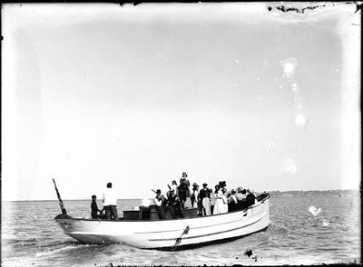 Motor trawler Kina; Nelson, David; 2018/19/6