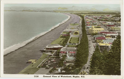 Postcard, general view of waterfront, Napier