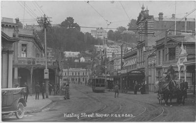 Hastings Street, Napier; Radcliffe, Frederick George; 2019/12/12