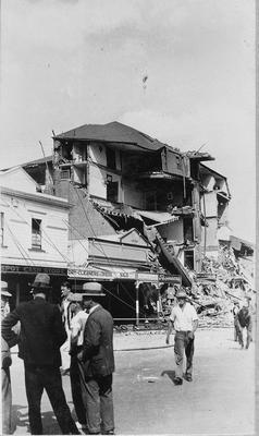 Earthquake damage, Grand Hotel from railway crossing
