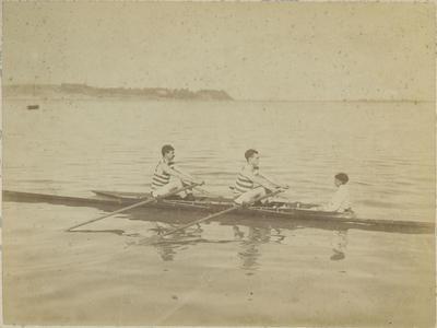 Louis Hay rowing