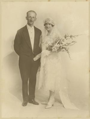 Wedding photograph, Percy Everett and Muriel Goddard