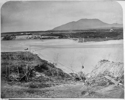 Tapuaeharuru (Taupo) in the early 1870s