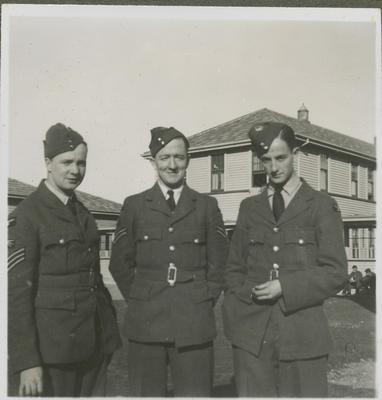 Three RNZAF men