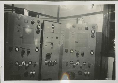 RNZAF wireless communication equipment