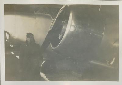 Percy Hamlin beside RNZAF aircraft; 2018/9/34/47