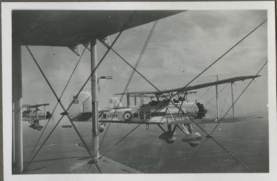 Vickers Vildebeest NZ105 aircraft in flight