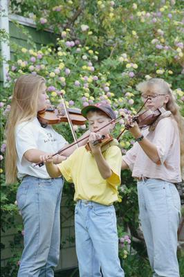 Gretchen, Geordie and Tiffany Anderson