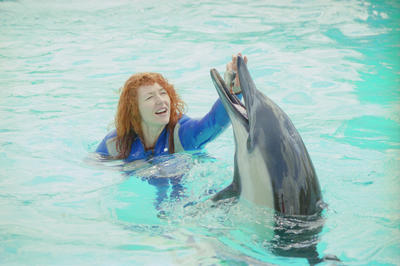 Belinda Todd with the dolphin Shona