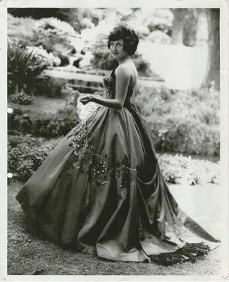 Model wearing 1962 Gown of the Year, Tosca
