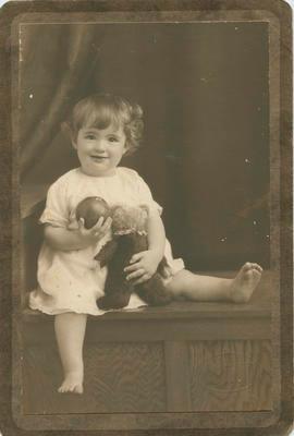 Gene Fox; A B Hurst & Son; 2021/2/9