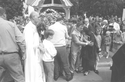 Gloria Taylor, Peter Richmond and Rev Monty Black