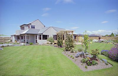 Home and Garden Design Feature, garden