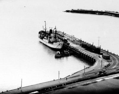 Glasgow Wharf, Breakwater, Napier
